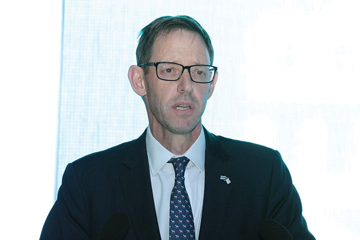 De Beers Group Chief Executive Officer: Bruce Cleaver