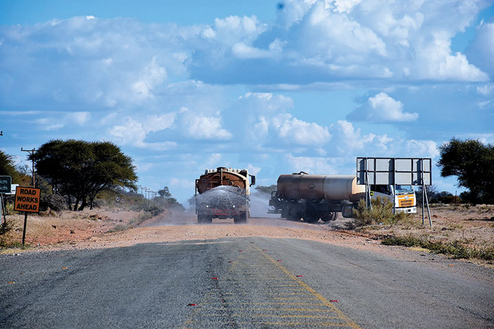 500-Million-Tshesebe-Masunga-road-on-a-stand-still